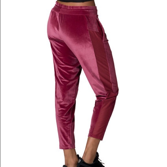 best service 6eb10 01dcb PUMA velvet yogini pants, NWT, SMALL, deep rose🌹